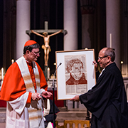 The Archbishop presented President Rekowski with an artwork
