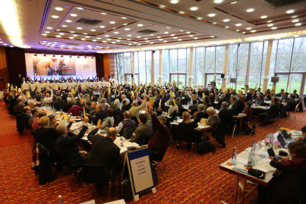 The Regional Synod agreed on the theological position statemant 'On Encounter with Muslims'.