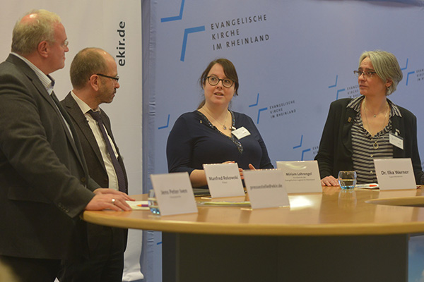 Closing press conference at the Regional Synod 2018: press officer Jane Peter Iven, predsident Manfred Rekowski, Miriam Lohrengel and Dr Ilka Werner.